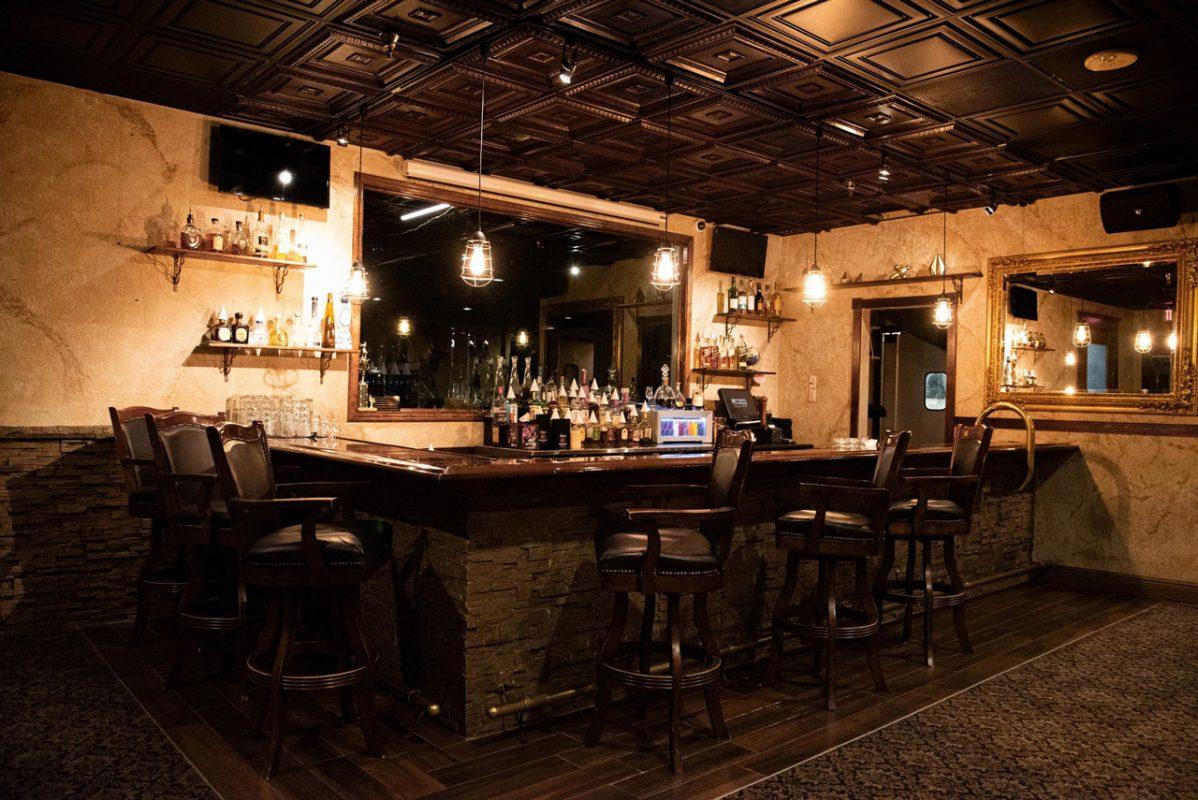 Red Light Palm Beach Bar