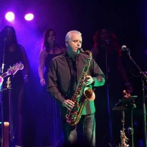 Mervyn on Sax LIVE Red Light Palm Beach